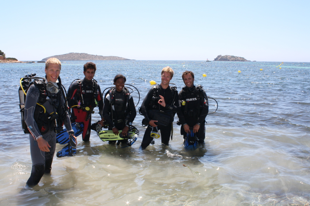 PADI-Assistant-Instructor-Course